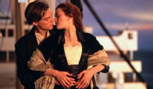 Film Titanic (1997) answers you to watch it once in your life